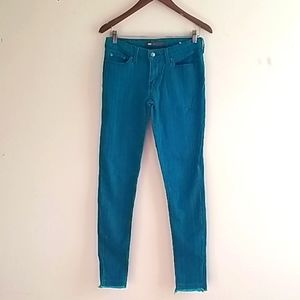 Levis black and turquoise stripe skinny jean